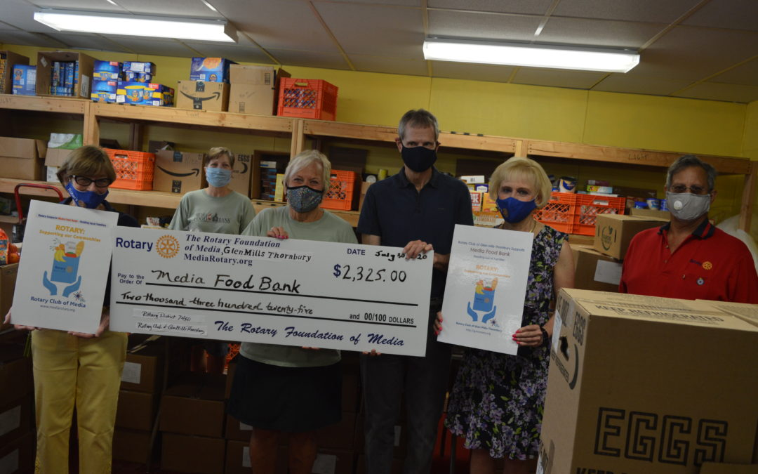 ROTARY SUPPORTS LOCAL FOOD BANKS